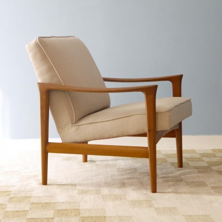 fauteuil design scandinave vintage la maison retro. Black Bedroom Furniture Sets. Home Design Ideas