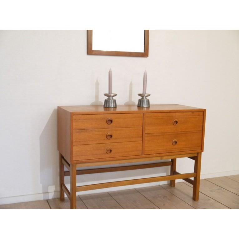 meuble entree scandinave la maison retro. Black Bedroom Furniture Sets. Home Design Ideas