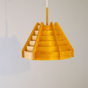 Suspension scandinave en bois design Hans Agne jakobsson