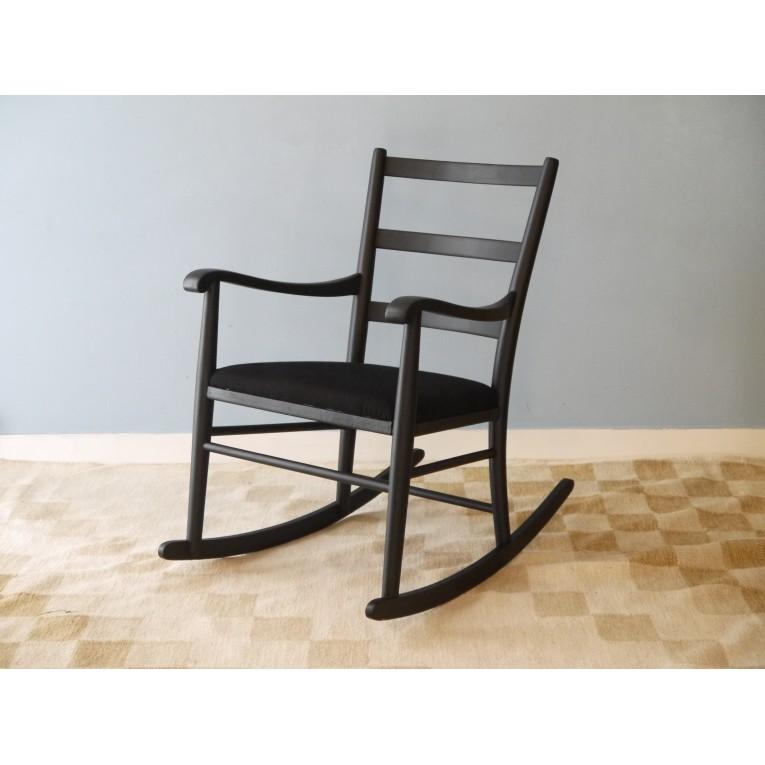 rocking chair fauteuil bascule vintage scandinave la maison retro. Black Bedroom Furniture Sets. Home Design Ideas