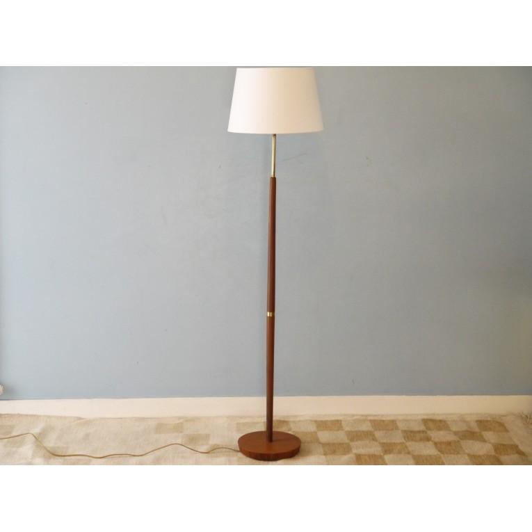lampadaire scandinave bois lampadaire scandinave bois et blanc lifa d co design sur lampadaire. Black Bedroom Furniture Sets. Home Design Ideas