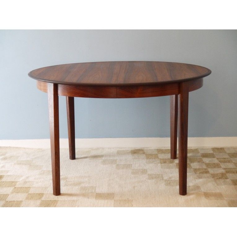 Table ronde repas extensible design danois la maison retro for Table ronde rallonge scandinave