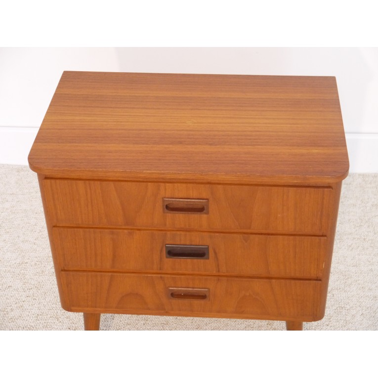 petite commode entree appoint vintage scandinave la maison retro. Black Bedroom Furniture Sets. Home Design Ideas