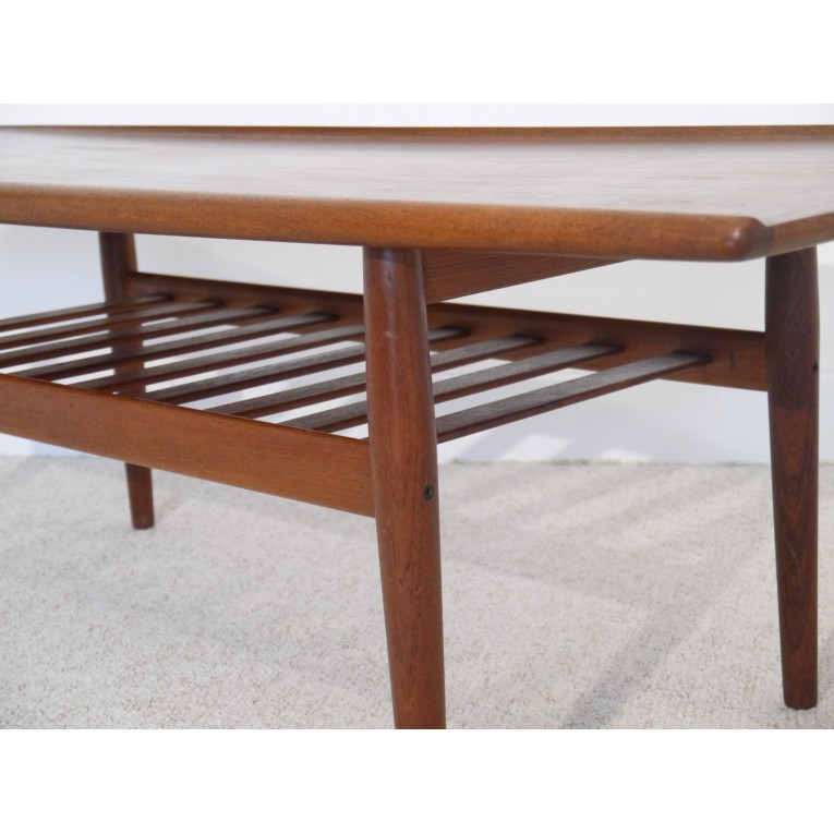 Grande table basse vintage scandinave la maison retro for Grande table design