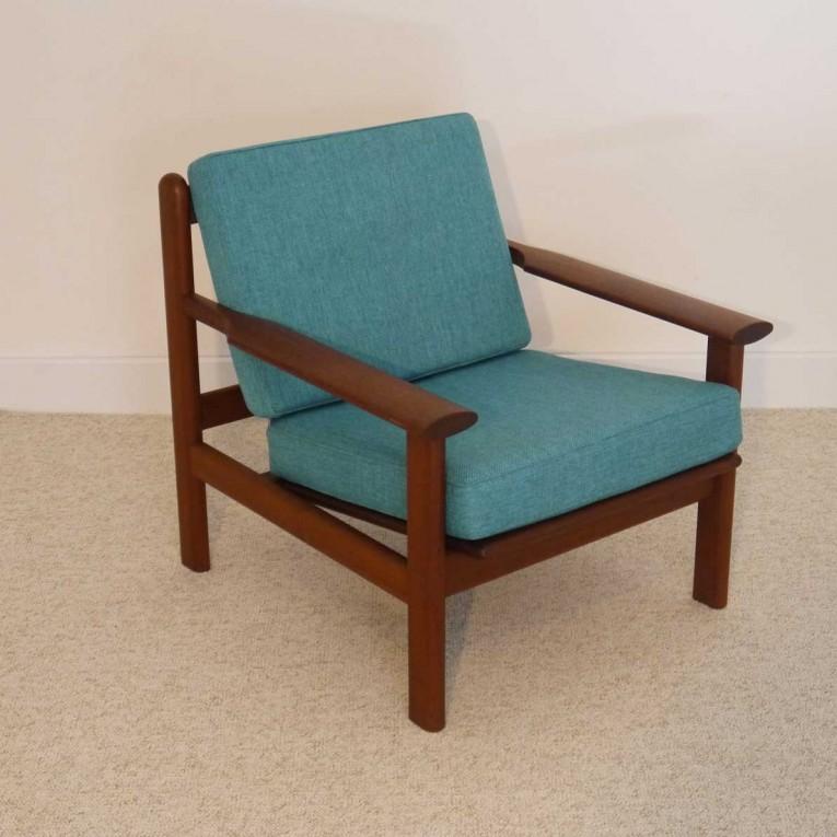 fauteuil design scandinave vintage teck 1960 la maison retro. Black Bedroom Furniture Sets. Home Design Ideas