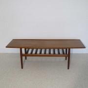 Grande table basse vintage scandinave design Grete Jalk