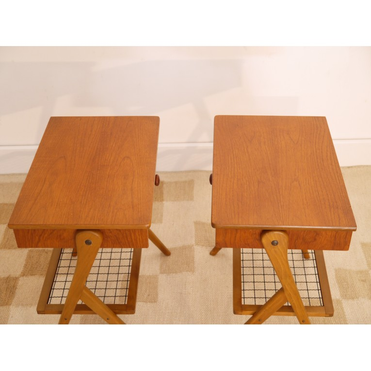chevets tables vintage danois scandinave pieds compas la maison retro. Black Bedroom Furniture Sets. Home Design Ideas