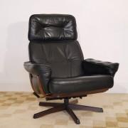 Fauteuil pivotant et ottoman cuir design 1970 Gote mobler