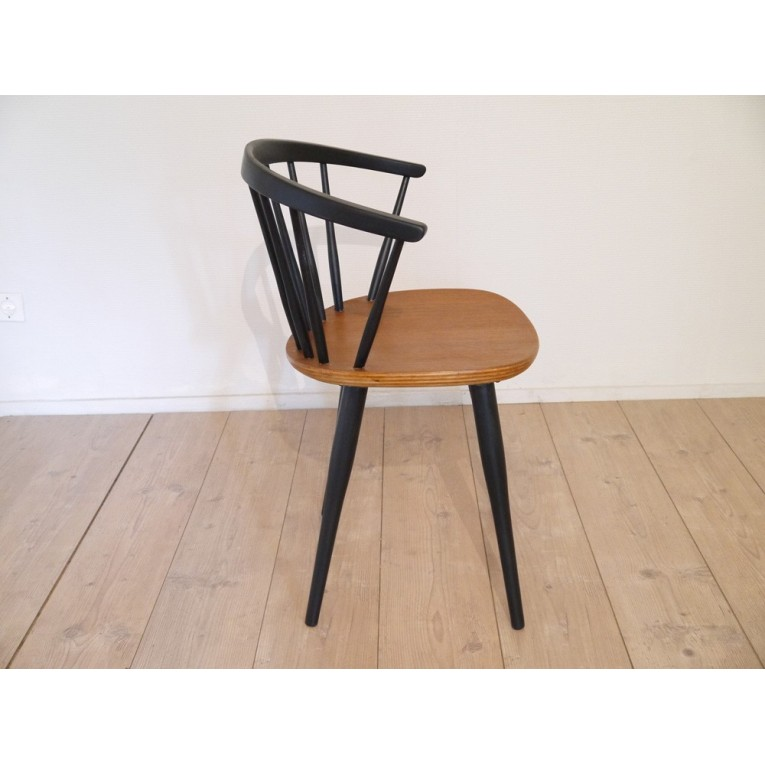 chaises vintage scandinave maison design. Black Bedroom Furniture Sets. Home Design Ideas