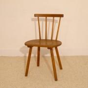 Chaise vintage en bois brutaliste