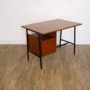 Bureau vintage moderniste en teck