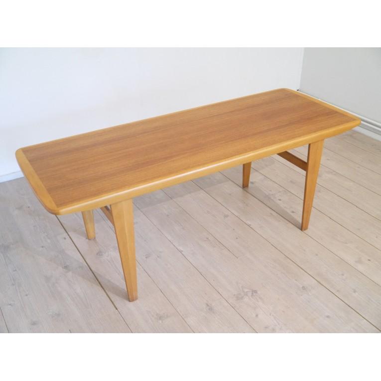 table basse scandinave teck la maison retro. Black Bedroom Furniture Sets. Home Design Ideas