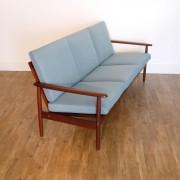Canapé vintage scandinave en teck 1960