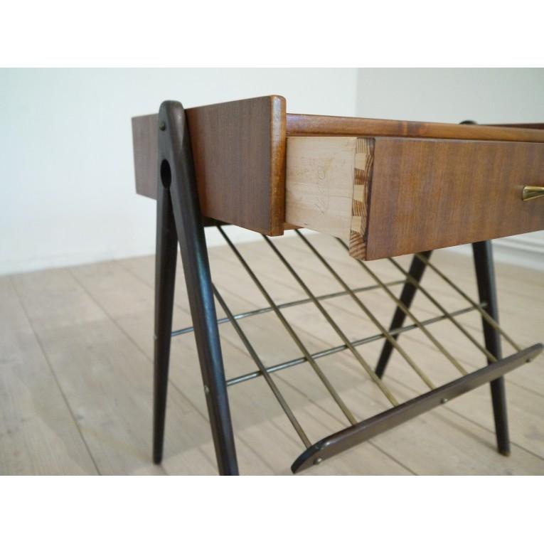 chevet vintage design scandinave la maison retro. Black Bedroom Furniture Sets. Home Design Ideas