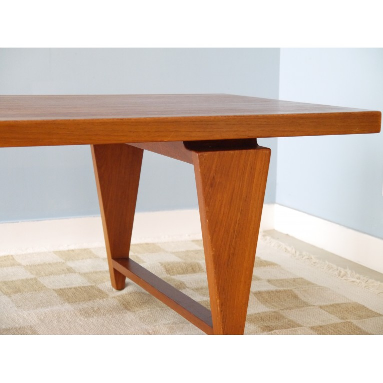 Table basse design scandinave la maison retro for Table basse scandinave made