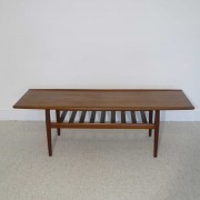 Grande table basse vintage scandinave design Grete Jalk