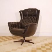 Fauteuil lounge en cuir design danois 1960