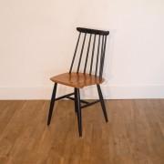 Chaise scandinave modèle fanett design Ilmari Tapiovaara