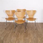 Serie de chaises 3107 design d' Arne Jacobsen